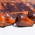 Gerenoveerde houten pookknoppen voor Jaguar en Daimler